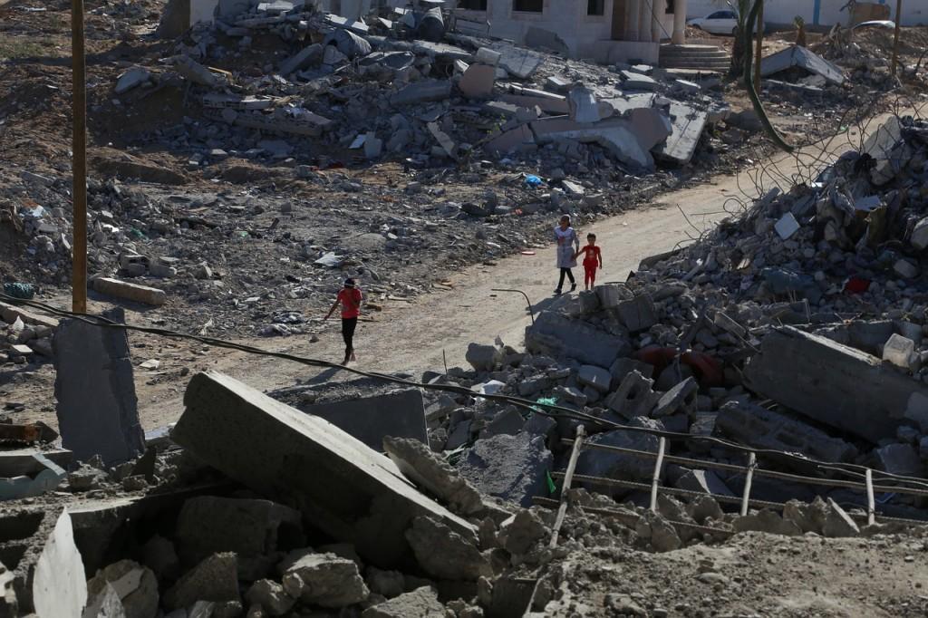 עזה Photo: Israel Stürzt Gaza Nocht Tiefer Ins Elend!