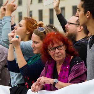 """Beim """"Marsch für das Leben"""" kommt es immer wieder auf Zusammentreffen mit Gegendemonstranten Foto:  Nic Frank - CC BY-ND 2.0"""