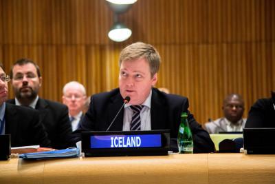 Islands Sigmundur Davíð Gunnlaugsson im Jahre 2013. Er ist das erste Staatsoberhaupt, das durch die Panama Papers zu Fall gebracht wurde. By Control Arms licensed under CC BY 2.0.