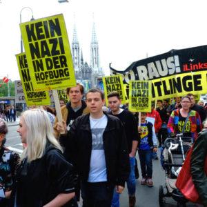 Proteste gegen Hofer, Foto: Neue Linkswende.