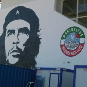 Foto:  Polideportivo Che Guevara von  Comisión de Audiovisuales Acampada Zaragoza veröffentlicht auf  flickr (CC BY-SA 2.0)