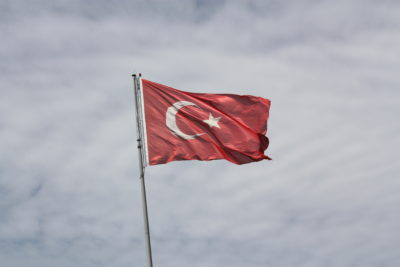 Die Flagge der modernen Türkei. Foto: William John Gauthier, CC BY-SA 2.0, Turkish flag, via flickr.com