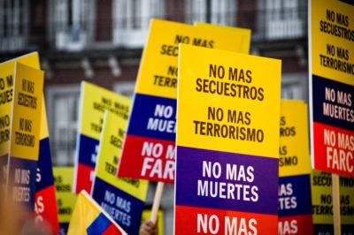 Proteste für ein Ende der Gewalt. Foto: Camilo Rueda López, via flickr.com
